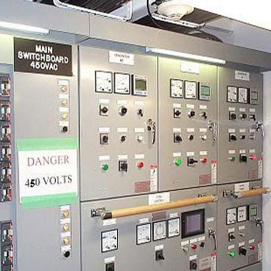 Picture Of نصب تجهیزات محافظ برق فشار قوی و ضعیف